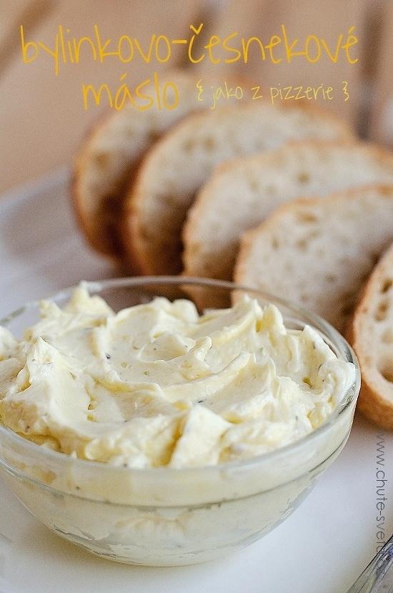 bylinkovo-česnekové máslo