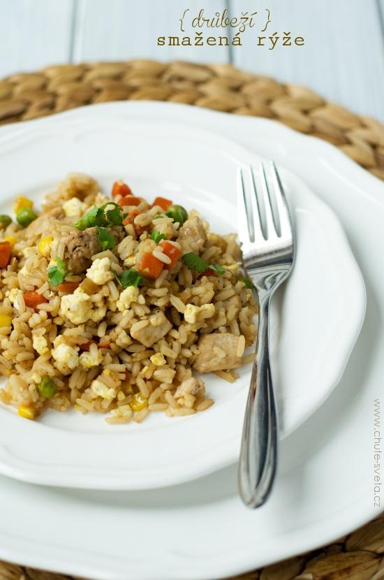 { drůbeží } smažená rýže